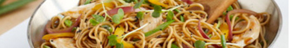 Chaw mien (fideos salteados con verduras)