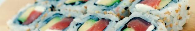 Uramakis (arroz por fuera)