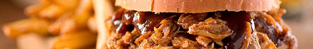 Sándwiches de cerdo desmenuzado gourmet