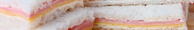 Sándwiches simples de miga fríos