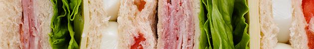 Sándwiches triples súper rellenos