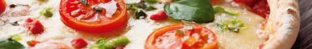Pizzas (todas as pizzas acompanham molho de tomates frescos e orégano)