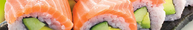 Rolls special envueltos en salmón