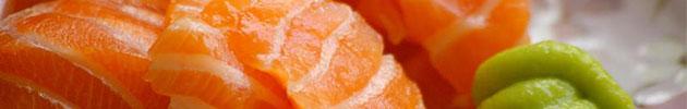 Sashimi (finos cortes de pescado crudo)