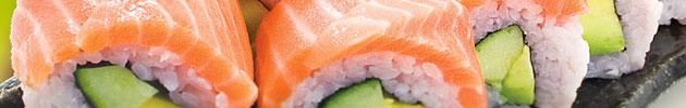 Rolls envueltos en salmón