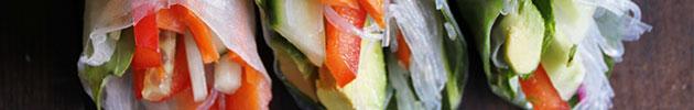 Spring light rolls (vegetarianos, envueltos en palta o papel de arroz)