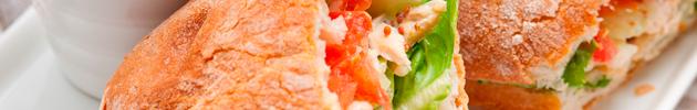 Sándwiches y bocattas (disponible desde las 8:00 hs hasta las 16:00 hs)