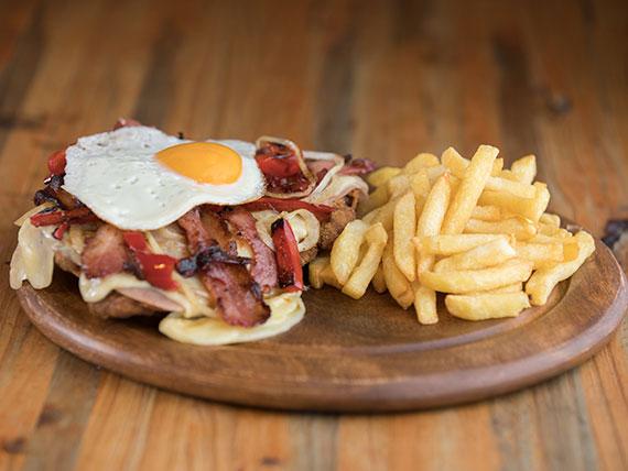 Milanesa Ratatouille de carne con guarnición (para 2 personas)