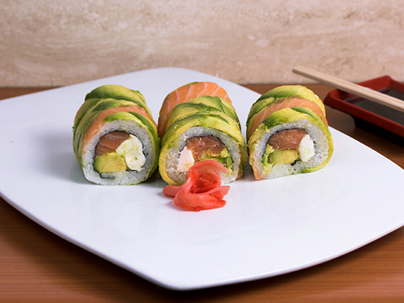 Avocado cheese roll (9 bocados)