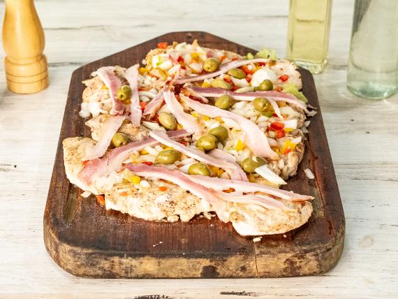 Pollo con panceta y ensalada mixta (comen 4 personas)