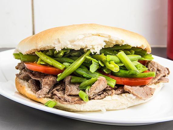Sándwich churrasco chacarero