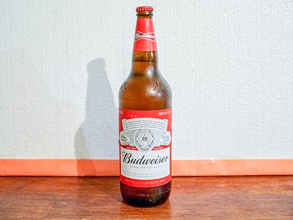 Cerveza Budweisser retornable 1 L