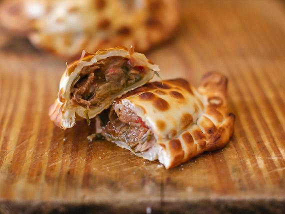 Empanada de carne cümen-cümen
