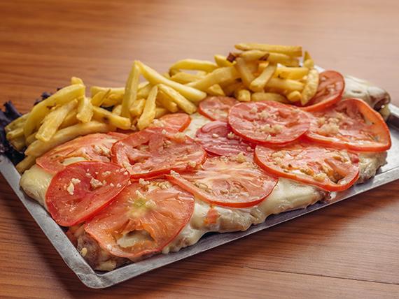 Pizzonesa napolitana + papas fritas