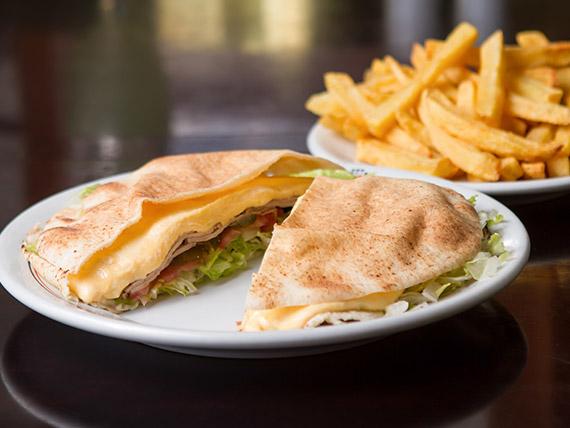 340 - Beirute ao Ponto Chic (rosbife) + 1/2 batata frita