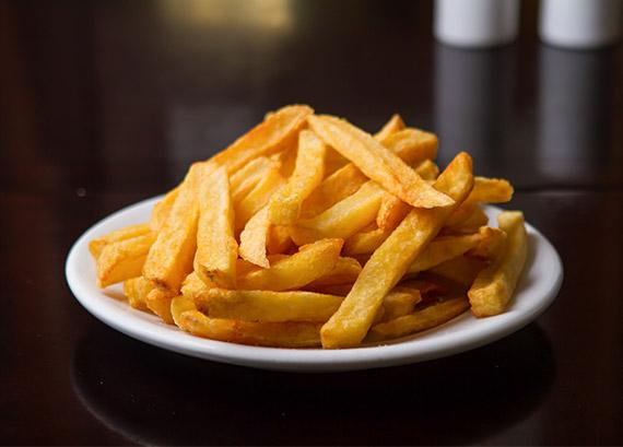 055 - 1/2 Porção de batata frita ao Ponto Chic