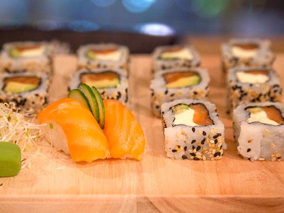 Combo puro salmón chico (12 piezas)