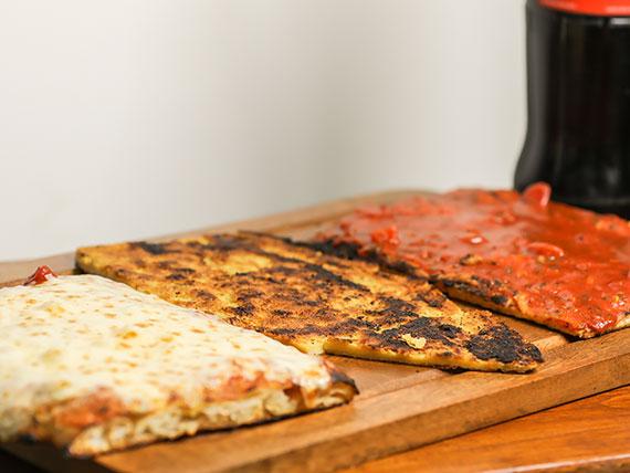Combo 1 - Pizza + pizza con muzzarella + fainá + Gaseosa 1 L