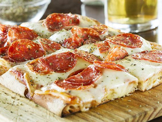 Pizza muzzarella con 1 gusto