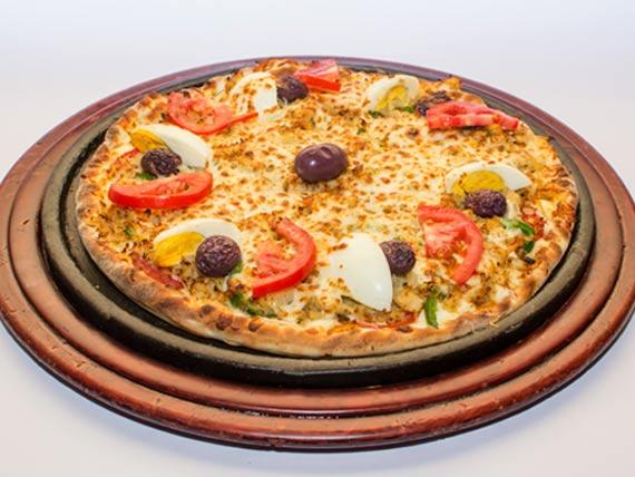 Pizza bacalhau média