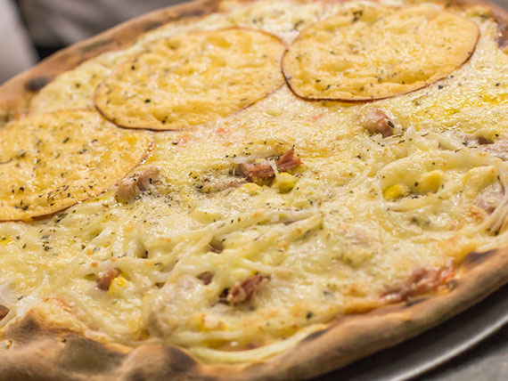 Pizza salgada meio a meio