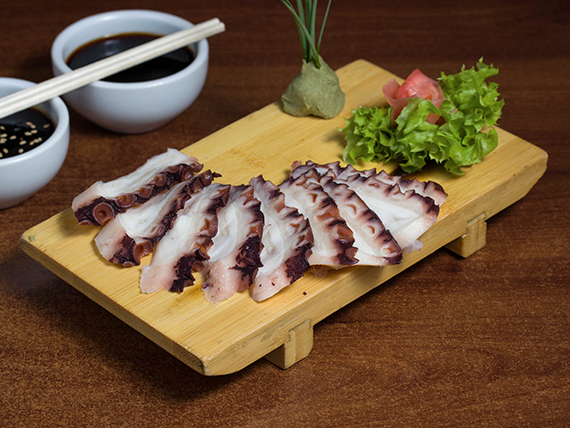 47 - Sashimi de pulpo (9 cortes)