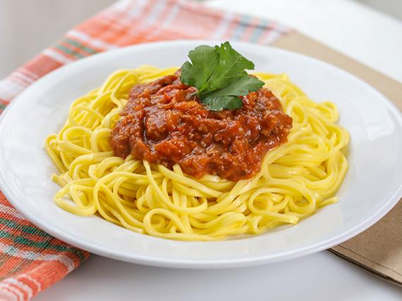 Menú - Tallarines con salsa a elección