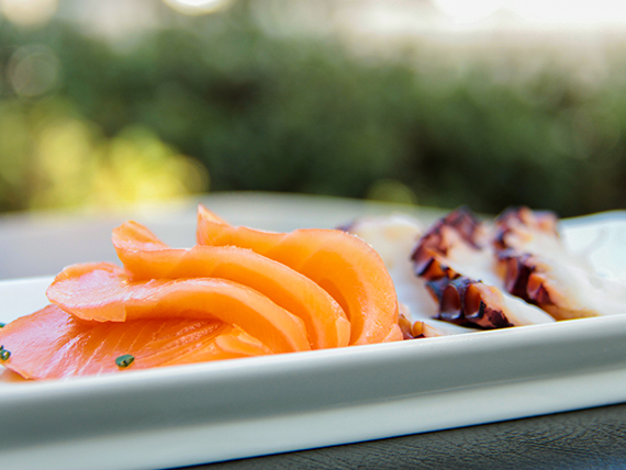 130 - Sashimi mixto del chef (7 cortes)