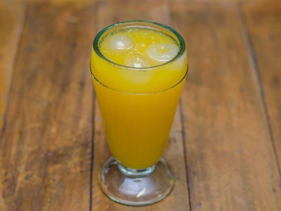 Bebida - Suco de laranja natural