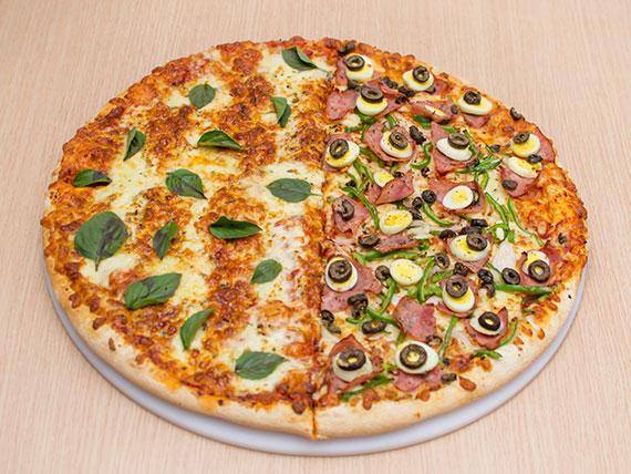 Pizza meio a meio gigante