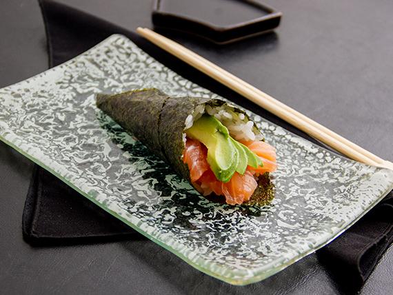 Temaki de salmón (unidad)