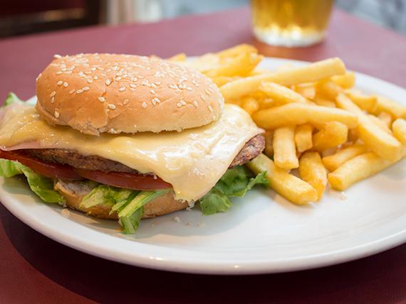 Promo 7 - Hamburguesa completa + papas fritas + gaseosa 500 ml