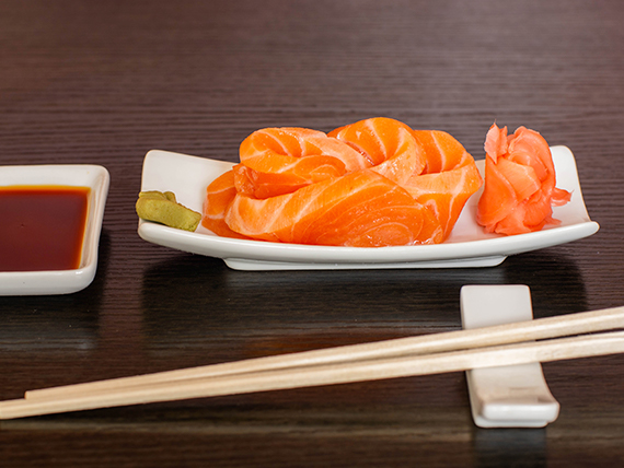 59 - Sashimi salmón (5 cortes)