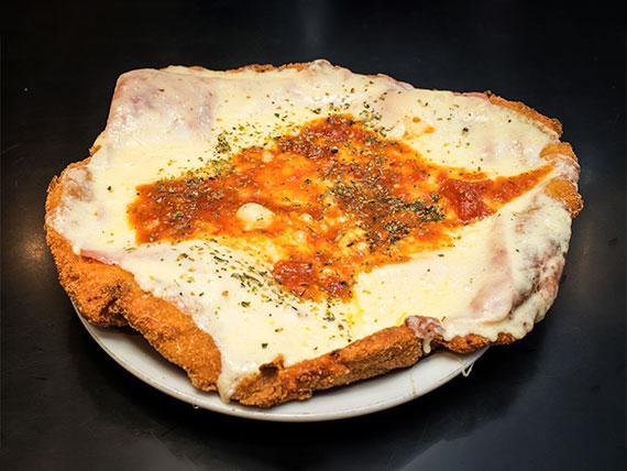 Milanesa de pollo napolitana