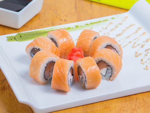 Sakedu roll (8 piezas)