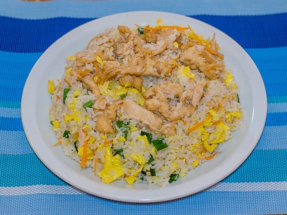 32 - Chau fan con pollo