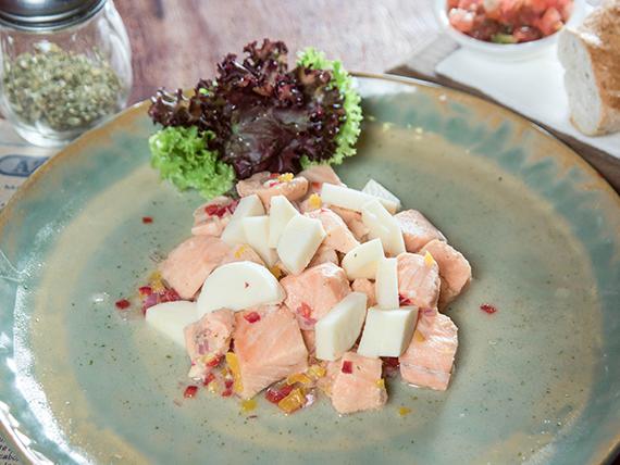 Ceviche salmón palmito