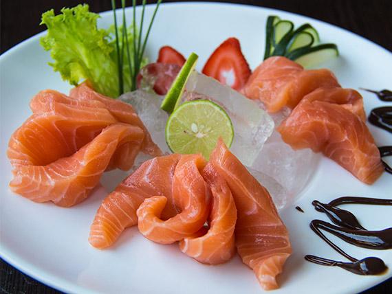 Sashimi - salmón (9 cortes)