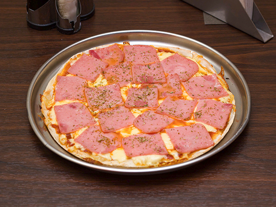 Pizza al jamón mediana