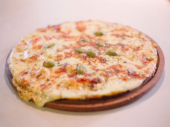 Arma Tu pizza con masa a la piedra grande