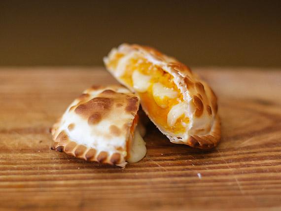 Empanada especial de calabaza y queso