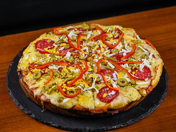 Pizzeta con muzzarella grande + 4 gustos