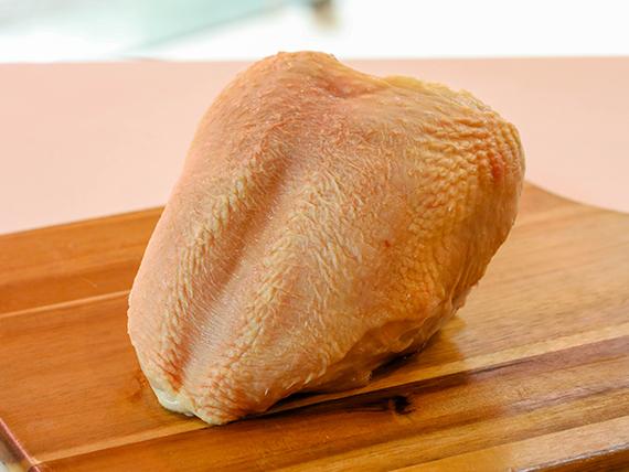Pechuga de pollo (con hueso)
