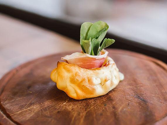Empanada gourmet serrana