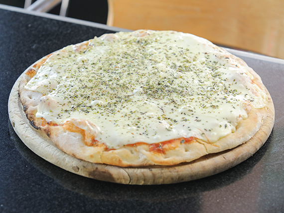 Pizzeta familiar sólo muzzarella