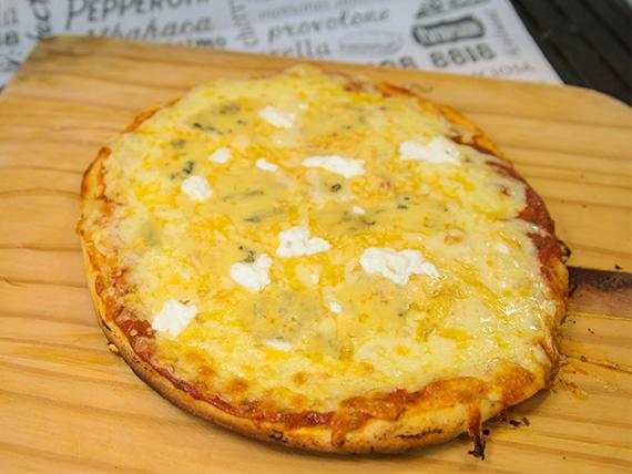 Pizza Seis Quesos M