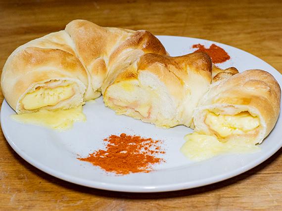 Rosca de muzzarella y jamón (2 porciones)