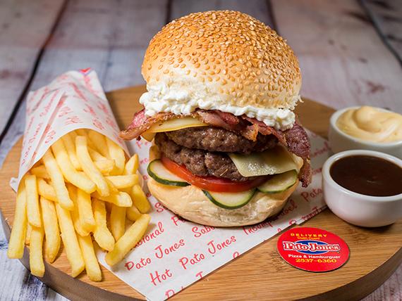 11 - Combo - Hambúrguer BBQ + batata grande + refrigerante lata