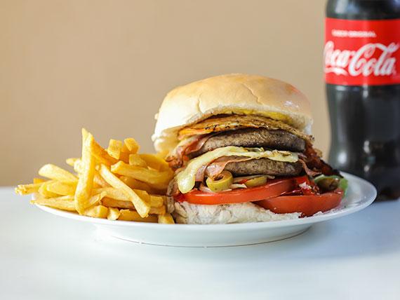Promo - Hamburguesa doble con papas fritas + Coca Cola 600 ml
