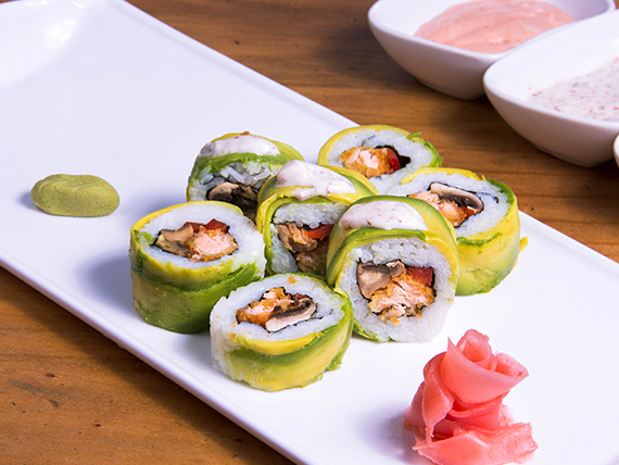 Avocado ebi tempura roll (8 bocados)